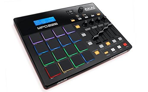 AKAI Professional MPD 226 - Controlador USB MIDI ultra-portátil con 16 pads estilo MPC, controles de producción completamente asignables y paquete de software de producción incluido